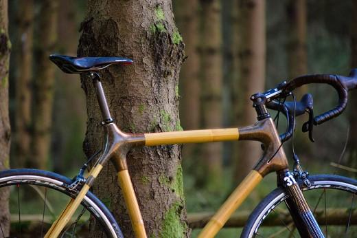 Vélo en bambou - Crédits In'bô
