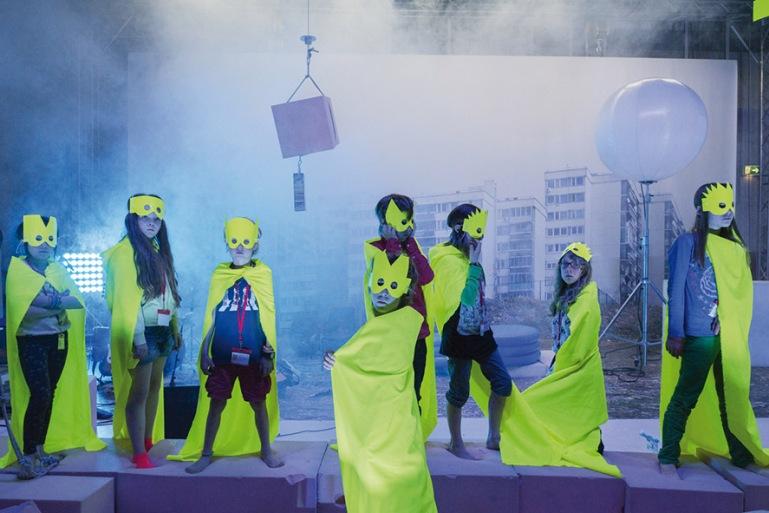 Next Day - Philippe Quesne, Paris / CAMPO, Gent. Nationaltheater Mannheim - Crédits Martin Argylogro