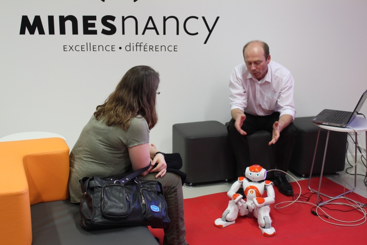The NAO Robot Lab 2014 - Crédits TEDx Mines Nancy