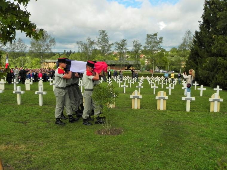 Cérémonie au cimetière de Gerbéviller en septembre 2015